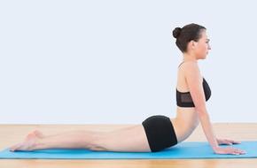 Thích thú với 6 tư thế yoga giảm béo bụng ai cũng tập được