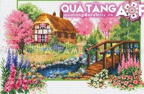 Hà Nội - Cơ hội mua tranh thêu chữ thập miễn phí