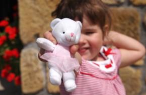 Vì sao tôi 'vứt' gần hết đồ chơi của con, và những người mẹ khác cũng nên làm tương tự?