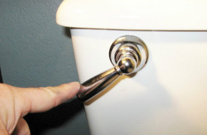 Nguyên liệu bí hiểm có ở mọi nhà, không ngờ có thể giúp bồn cầu hết tắc, nghẹt cực nhanh