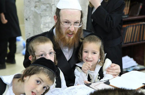 Bài học 5 chiếc lọ lý giải vì sao người Do Thái giỏi làm kinh tế nhất thế giới