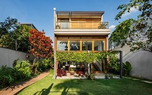 Ngôi nhà nhiều không gian xanh mát này sẽ khiến bạn muốn lịm tim ngay khi nhìn thấy