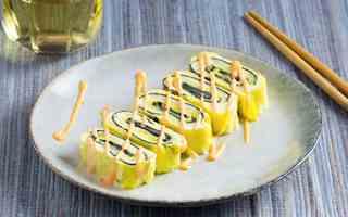 Học người Nhật cách làm trứng cuộn ngon vô đối