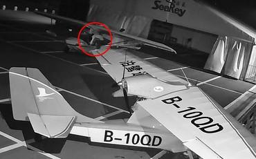 Nhân viên sân bay giật mình vì máy bay suýt bị đánh cắp, truy lùng được danh tính kẻ trộm thì ai cũng phát hoảng thốt lên