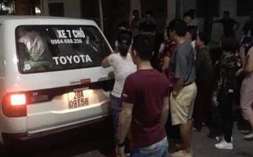 Hà Nội: Mâu thuẫn cá nhân, nam thanh niên 2001 cầm dao truy sát bố