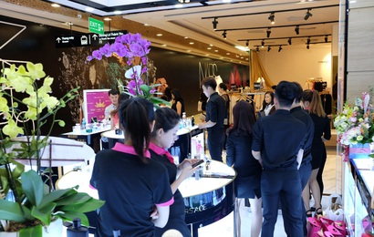 Perfume World khai trương đồng loạt cửa hàng hai miền Nam, Bắc