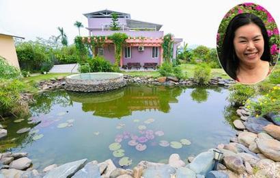 Ngôi nhà vườn xanh mát bóng cây của nữ giảng viên đại học chỉ cách Hà Nội 30 phút chạy xe