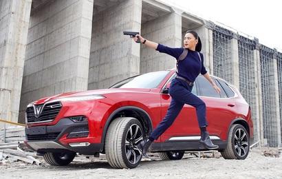 Đả nữ Ngô Thanh Vân tung phim Tết mới với VinFast, thỏa mãn team mê tốc độ