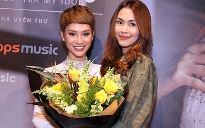 Tăng Thanh Hà mặc đơn giản vẫn xinh đẹp bên cạnh Trà My Idol