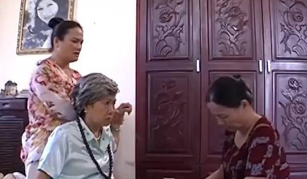 Osin hay bà nội?