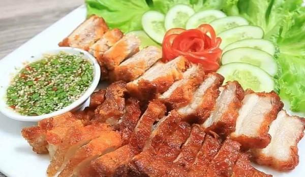 Thịt chiên mắm kiểu Thái ăn 1 lại muốn ăn 2