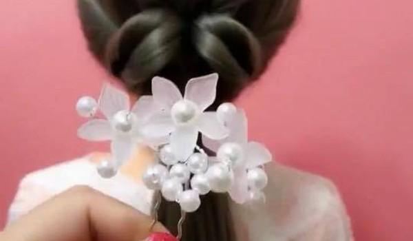 Chia sẻ một số kiểu tóc dễ thương và nhẹ nhàng cho chị em học tập