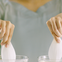 Có gì hot trong video gần 6 triệu lượt xem với thử thách làm sạch cánh sen bằng nước rửa chén?