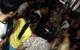 Bắc Ninh: Cháu bé đi lạc được người phụ nữ đưa về trụ sở UBND, người dân nghi ngờ có chuyện bắt cóc