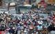 Giao thông rối loạn hiếm thấy trên quốc lộ 50 ở Sài Gòn