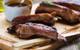Chẳng cần ra nhà hàng, bạn có thể tự làm sườn nướng nguyên tảng siêu ngon tại nhà