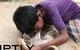 Cậu bé 10 tuổi cả ngày đi lang thang tìm chó cái để bú sữa