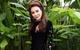 Hồ Quỳnh Hương lạ lẫm với phong cách quý cô thập niên 70