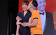 Hari Won thích thú khi được Trấn Thành hôn trước mặt các fan