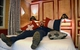 Khách sạn cho du khách ngủ giữa 2 quốc gia