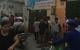 Hà Nội: Nam thanh niên táo tợn xông vào cửa hàng cướp tiền bị bắt tại chỗ