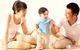 Trẻ có thể chậm biết nói từ lý do mà người lớn không hề để ý