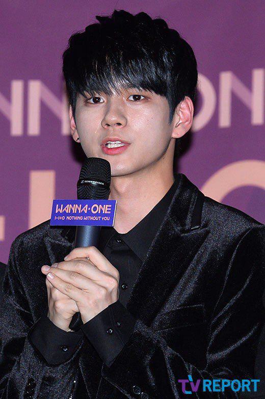 Vì lý do khó nói của chuyên gia makeup mà khối mỹ nam Hàn bị son phấn hại cho tơi tả - Ảnh 1.