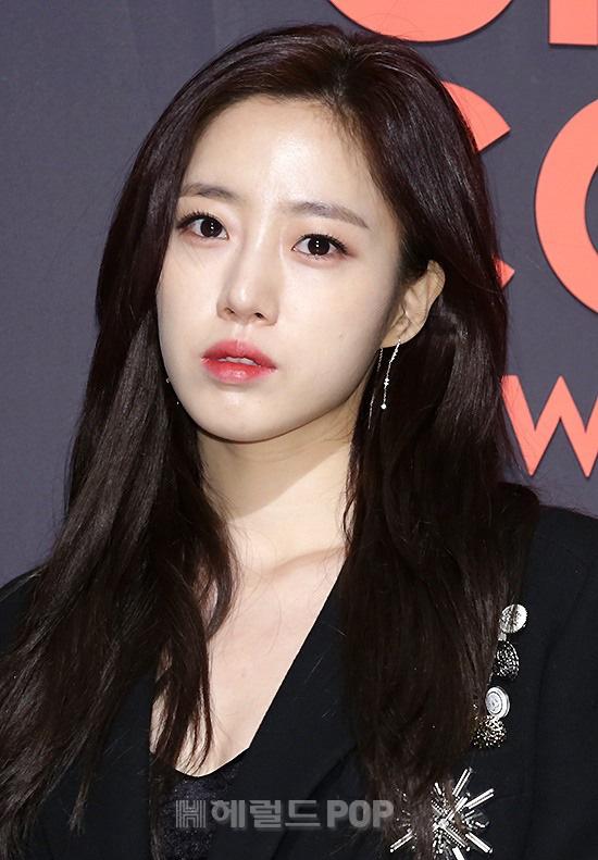 Vì lý do khó nói của chuyên gia makeup mà khối mỹ nam Hàn bị son phấn hại cho tơi tả - Ảnh 4.