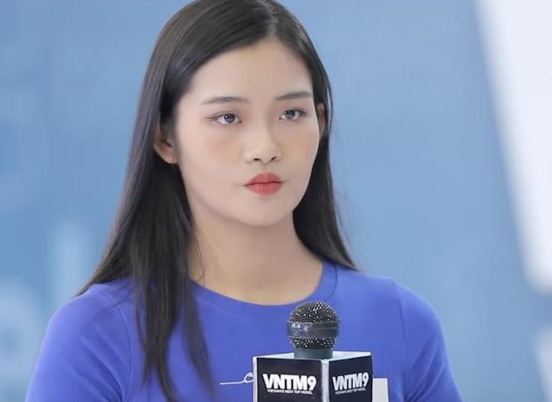 """Những phát ngôn """"xéo xắt"""" của Nam Trung tại Vietnam's Next Top Model 2020: Người khen hài hước, kẻ """"ném đá"""" vì quá chua ngoa - Ảnh 14."""