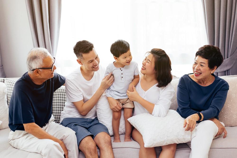 Những điều bạn cần biết để chuẩn bị cho việc chăm sóc cha mẹ khi về già - Ảnh 2.