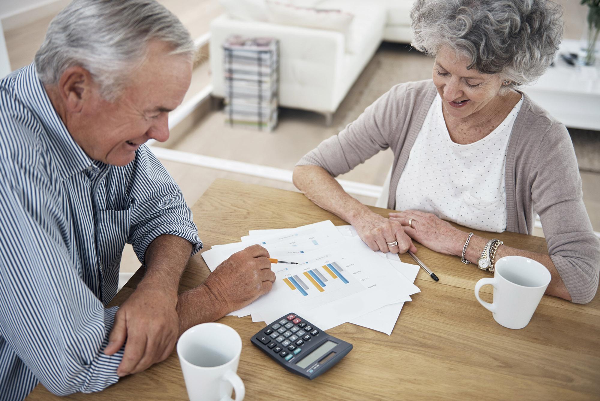Những điều bạn cần biết để chuẩn bị cho việc chăm sóc cha mẹ khi về già - Ảnh 4.