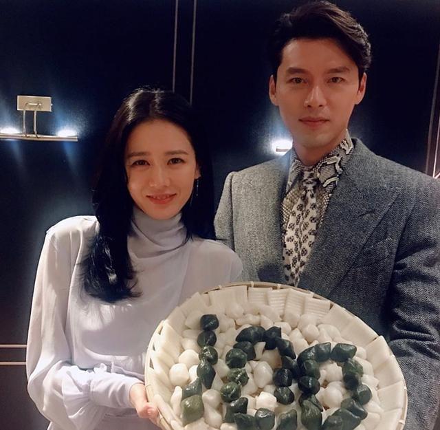 Lộ bằng chứng Hyun Bin cố che giấu mối quan hệ với Son Ye Jin sau khi bị phanh phui đang hẹn hò - Ảnh 1.