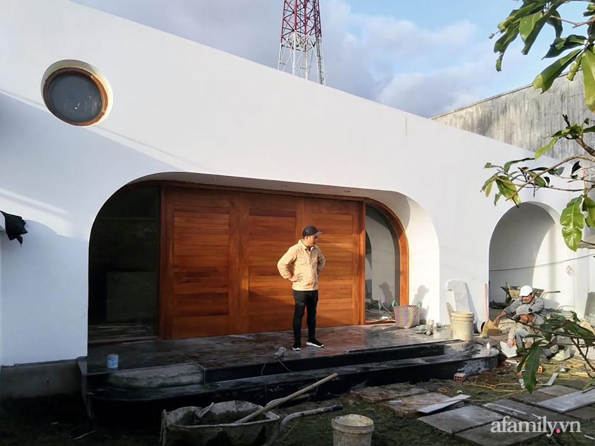 0 16026018463141057575362 - Với chi phí 1 tỷ đồng, cặp vợ chồng trẻ Đắk Lắk xây ngôi nhà mơ ước với những đường cong đẹp ngất ngây