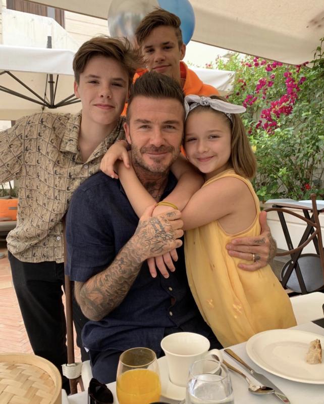 Nhìn loạt khoảnh khắc này từ cô út nhà David Beckham, ai nghĩ được đây lại là vóc dáng của một bé gái mới lên 9 - Ảnh 11.