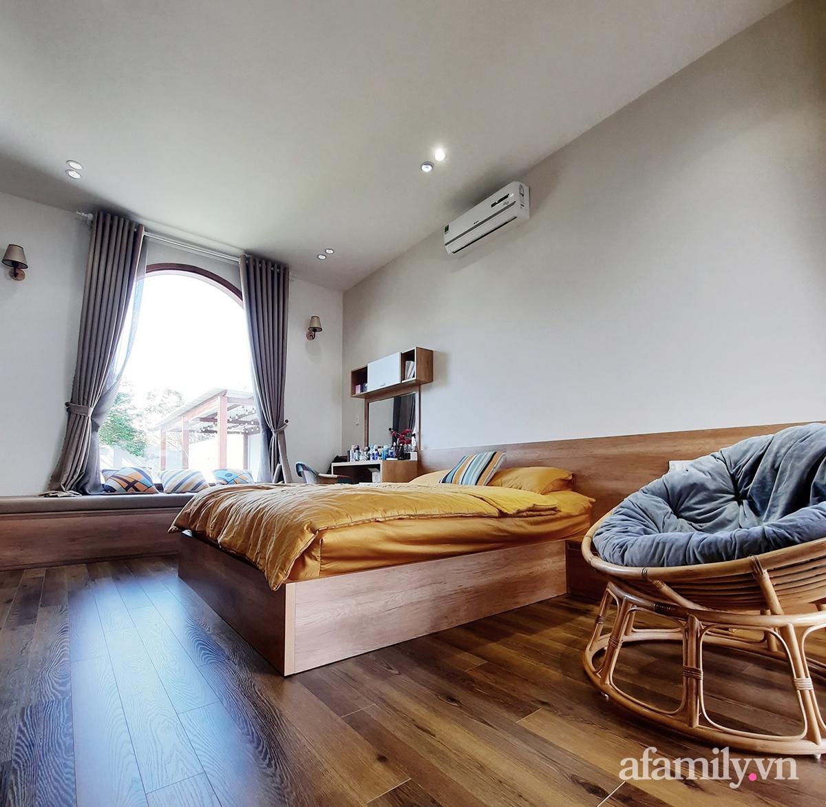 22 2 16026018450601241148911 - Với chi phí 1 tỷ đồng, cặp vợ chồng trẻ Đắk Lắk xây ngôi nhà mơ ước với những đường cong đẹp ngất ngây