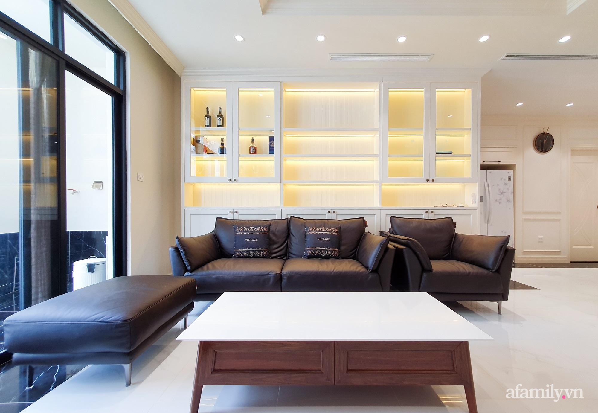 Căn hộ 121m² đẹp sang chảnh với phong cách bán cổ điển ở Hà Nội - Ảnh 4.