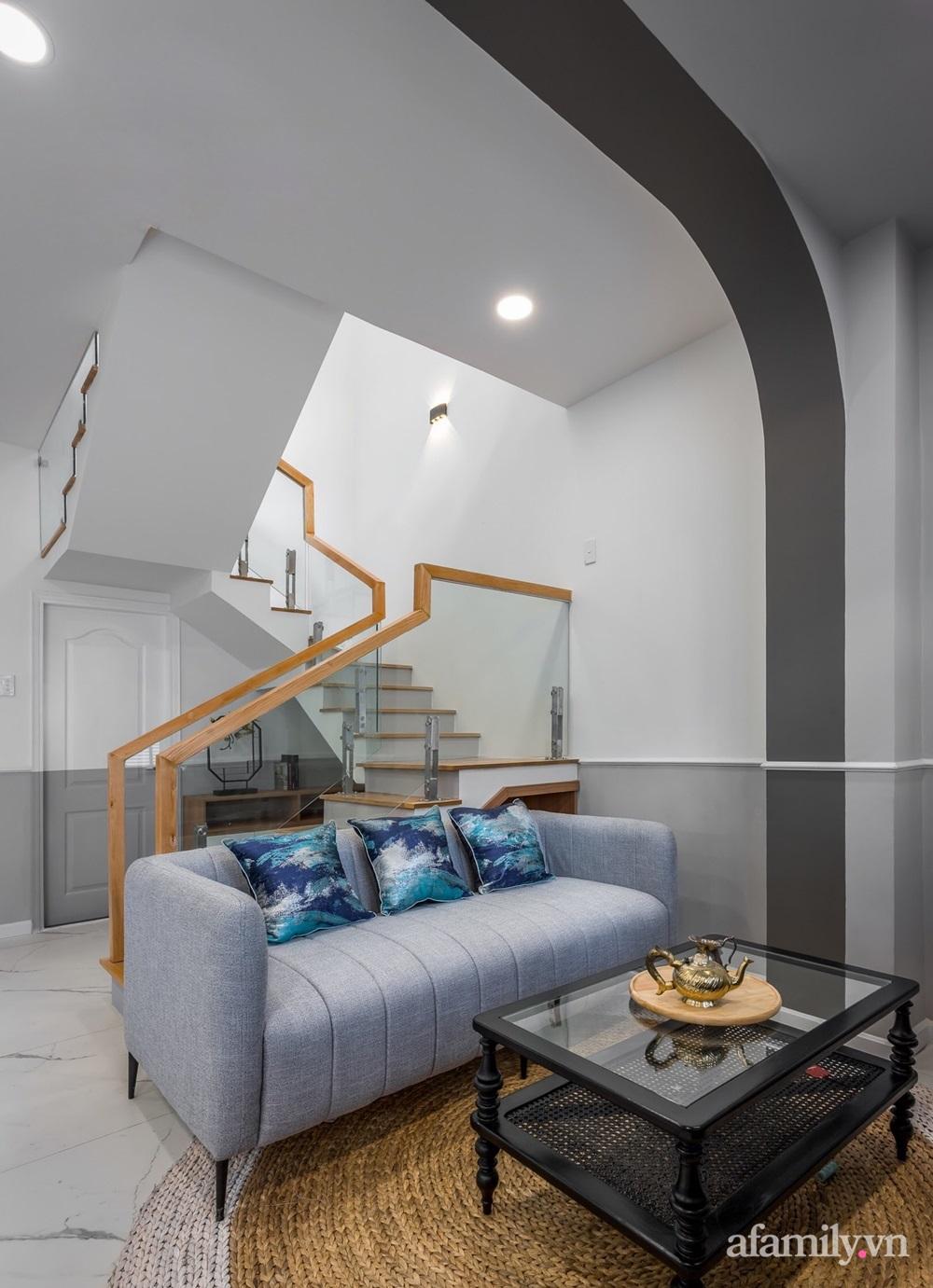 Căn nhà phố cũ kỹ rộng 80m² được cải tạo đẹp tiện nghi với gam màu sáng có chi phí 650 triệu đồng - Ảnh 10.
