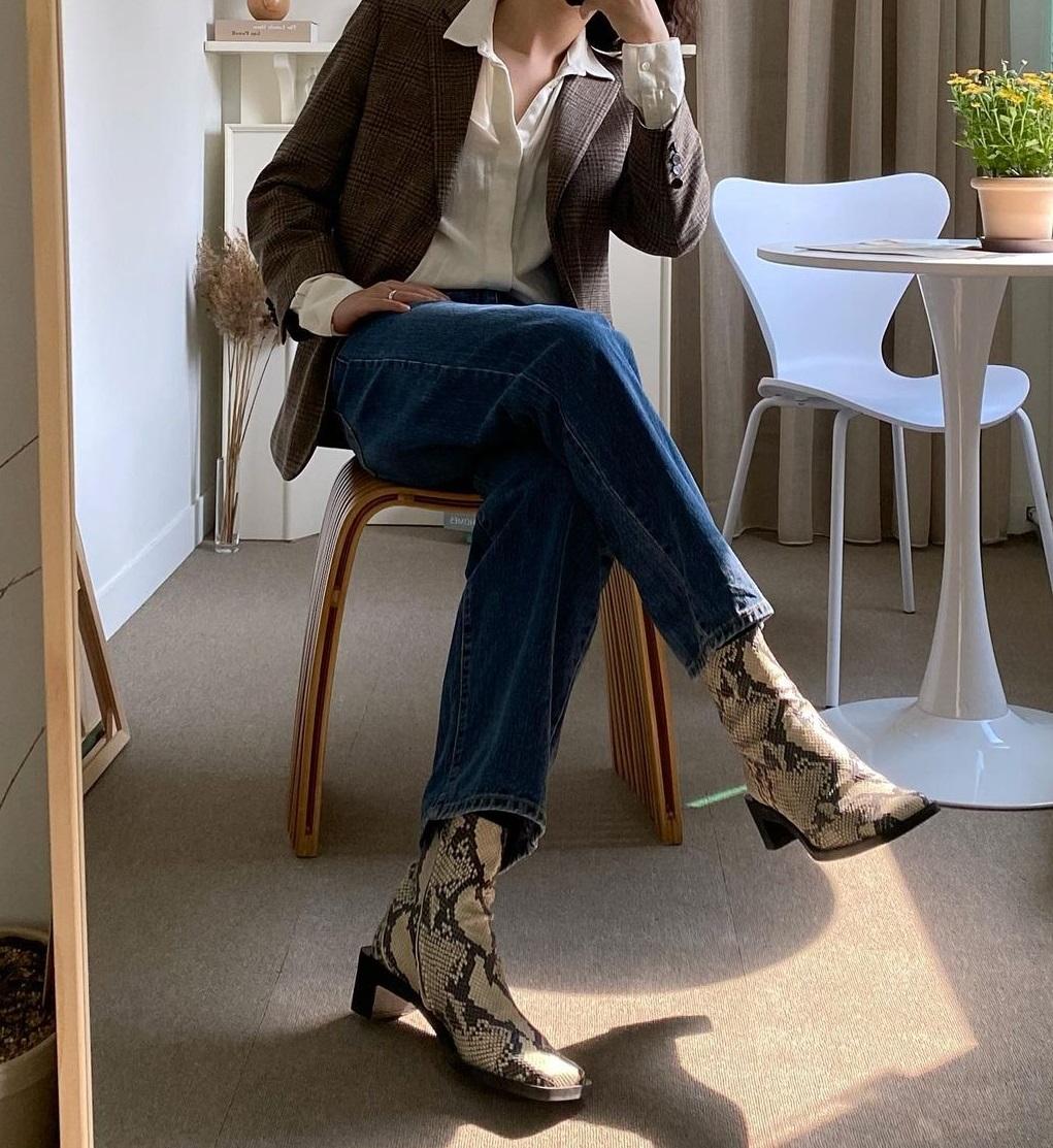 3 kiểu boots được những nàng sành điệu chăm diện nhất mùa lạnh, nàng công sở còn chờ gì mà không sắm - Ảnh 9.