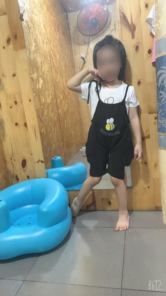 """Học theo trò chơi """"treo cổ"""" trên Youtube, bé gái 5 tuổi ở TP.HCM tử vong thương tâm - Ảnh 3."""