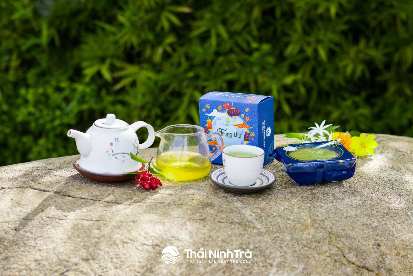 Thứ trà xanh làm từ cây chè sống nửa thế kỷ ở Thái Nguyên, giữ trọn hương vị truyền thống, ai uống cũng mê - Ảnh 4.