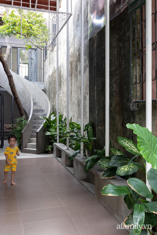 Ngôi nhà màu xanh mát mắt không cần dùng đến điều hòa tọa lạc ngay giữa thành phố của gió Lào và nắng cháy – Vinh - Ảnh 12.