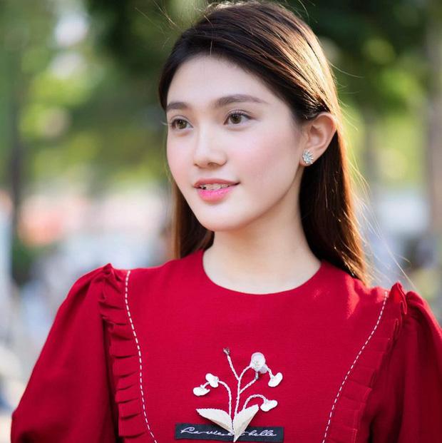 """So kè nhan sắc đời thường dàn Hoa khôi tại Hoa hậu Việt Nam 2020: Đại diện Ngoại thương lộ khuyết điểm, """"Người đẹp Kinh Bắc"""" xuất sắc cỡ nào mà được đặc cách? - Ảnh 19."""