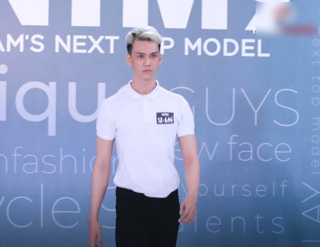 Vietnam's Next Top Model: Lộ diện thí sinh được Nam Trung - Võ Hoàng Yến thiên vị ra mặt dù phải đi catwalk 3 lần vì quá xấu - Ảnh 8.