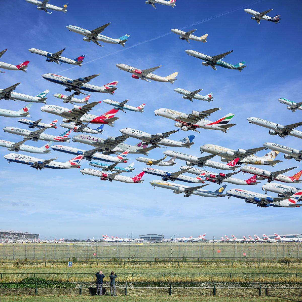 Kelly chia sẻ rằng dự án này đã khiến anh trở thành một cao thủ trong việc đặt vé máy bay