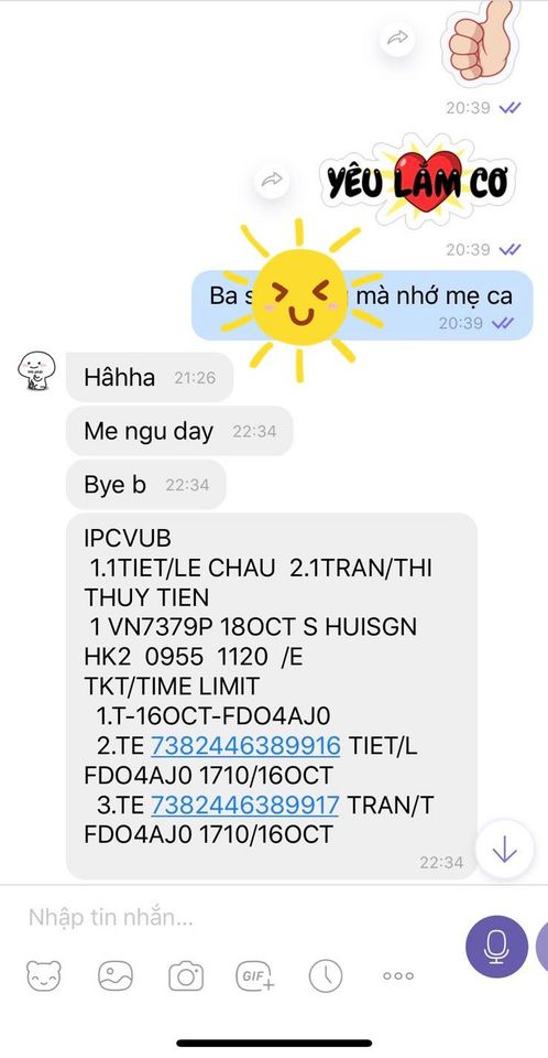"""Tính ra sân bay về Sài Gòn nhưng Thủy Tiên bất ngờ quyết định """"quay xe"""" ở lại vùng lũ vì điều này, thậm chí không dám nghe điện thoại của chồng - Ảnh 5."""
