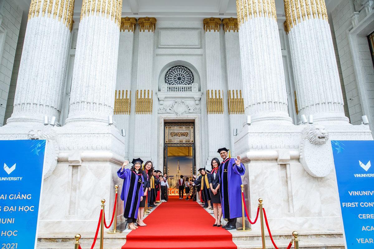 Trường đại học VinUni khai giảng năm học 2020 - Ảnh 3.