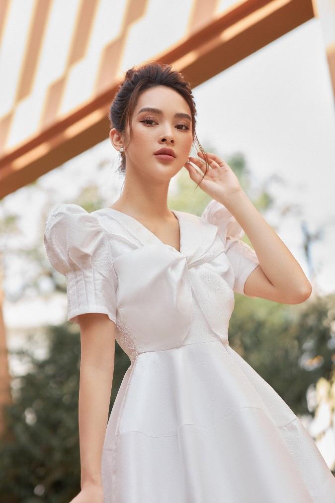 """Muốn """"giật"""" hết spotlight tiệc tùng cứ phải diện đầm như Quỳnh Lương - Ảnh 6."""