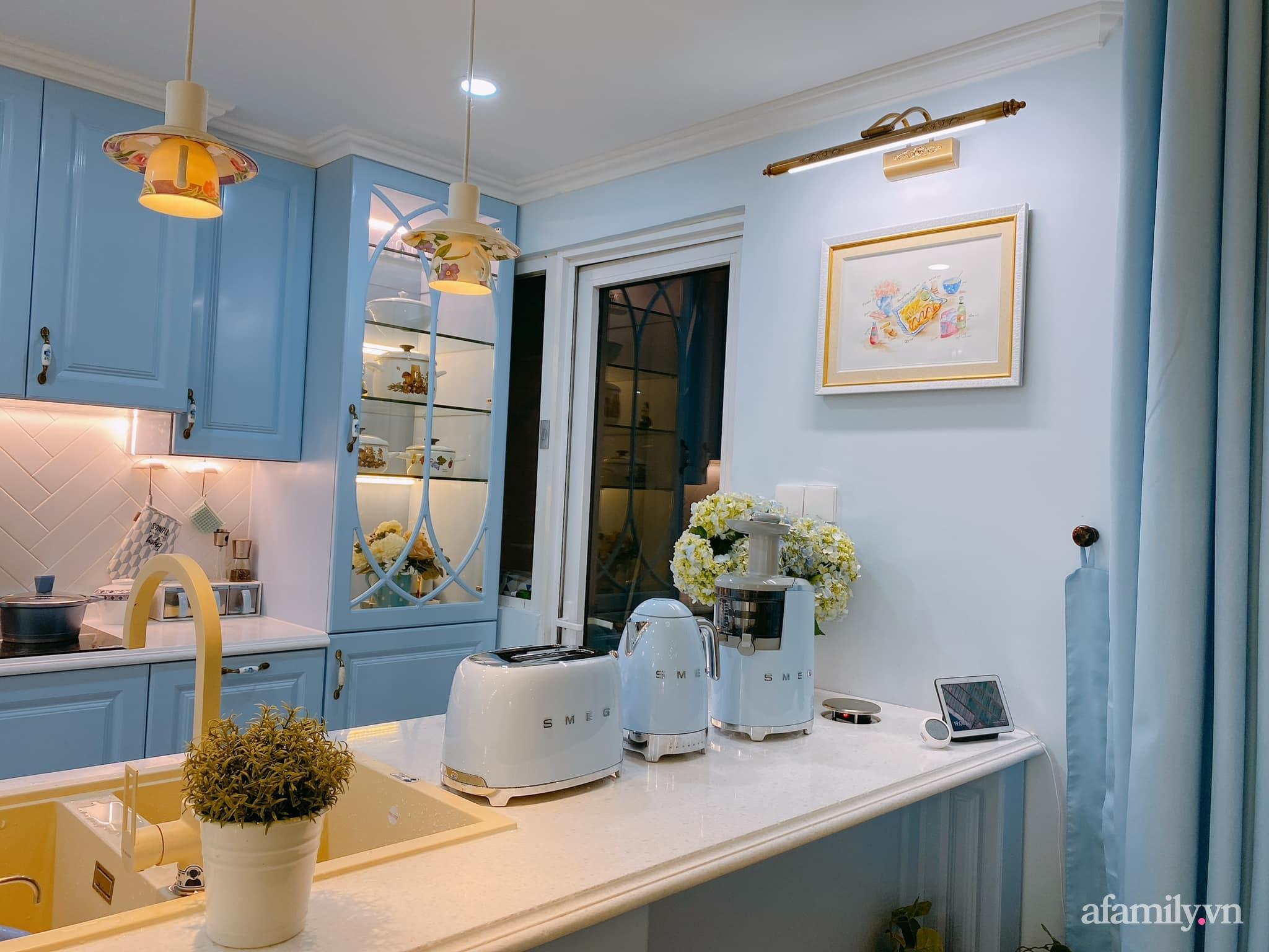 Căn bếp màu xanh yên bình, sang trọng với đủ thiết bị hiện đại của mẹ trẻ xinh đẹp Sài Thành - Ảnh 14.