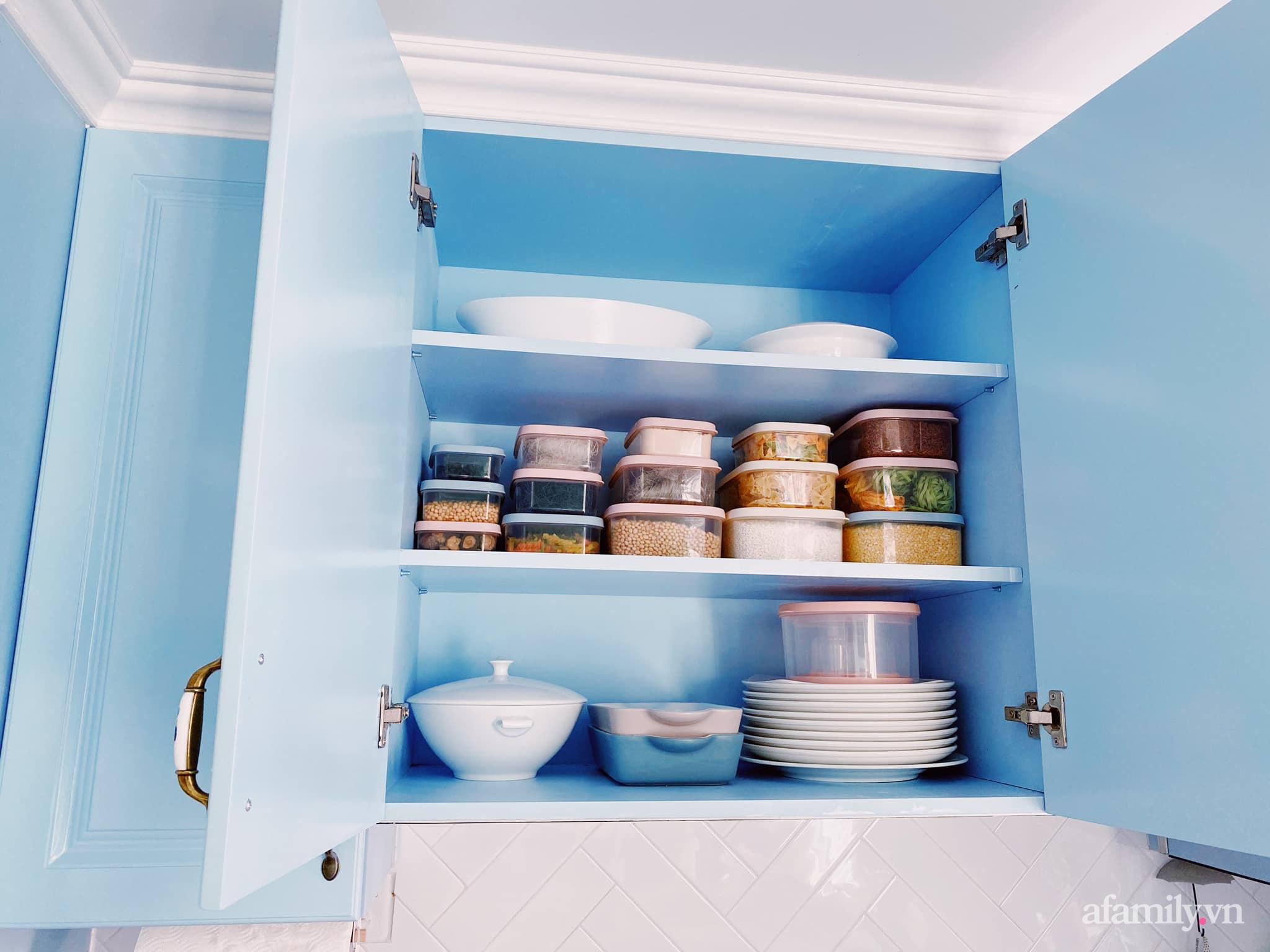 Căn bếp màu xanh yên bình, sang trọng với đủ thiết bị hiện đại của mẹ trẻ xinh đẹp Sài Thành - Ảnh 10.