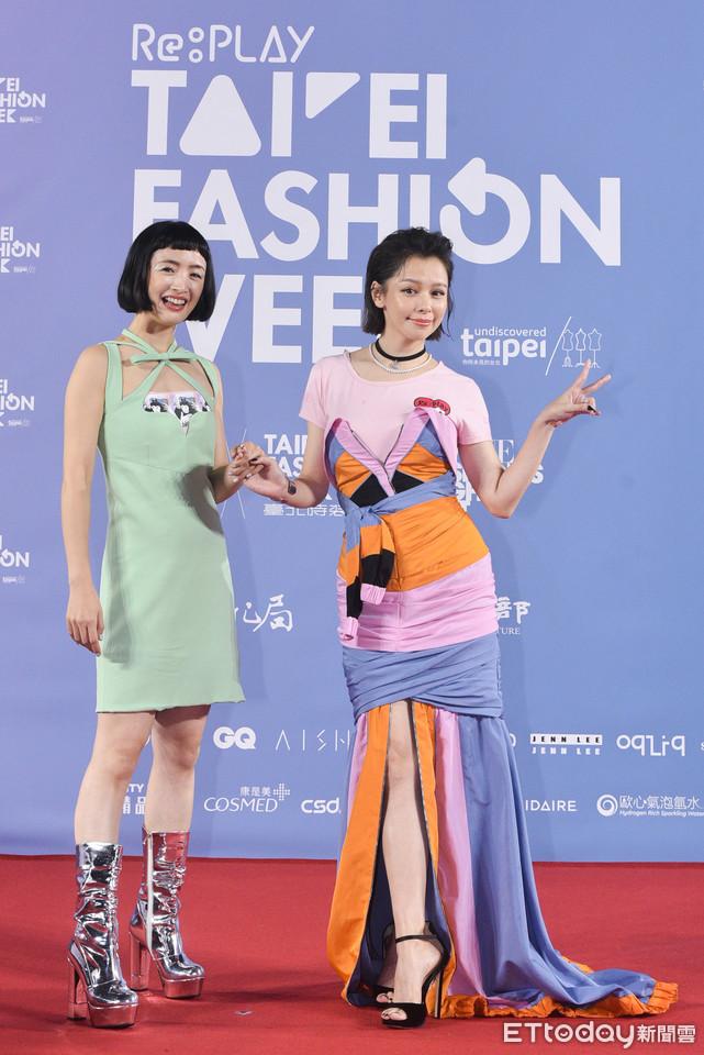 """2 nữ thần thanh xuân gây thất vọng tại Tuần lễ thời trang Đài Bắc 2020: Nàng đơ như """"robot"""", nàng dìm dáng thậm tệ với bộ đầm """"chằng chịt"""" - Ảnh 4."""